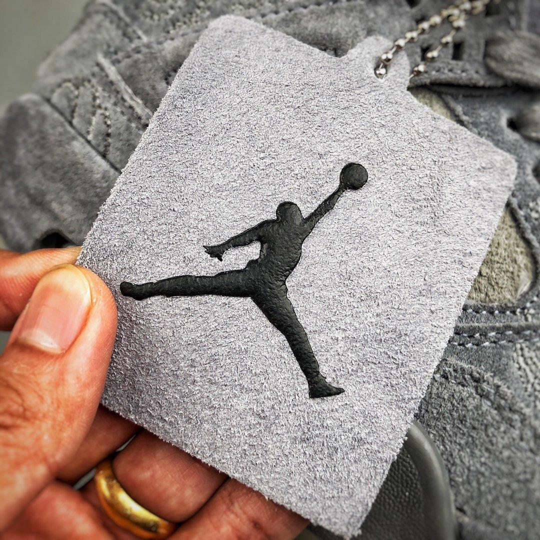 Air Jordan 4 X Kaws 灰麂皮_球鞋纯原是什么级别
