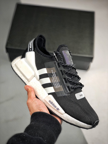 Adidas NMD _R1 黑白3M_莆田货可以骗过毒吗