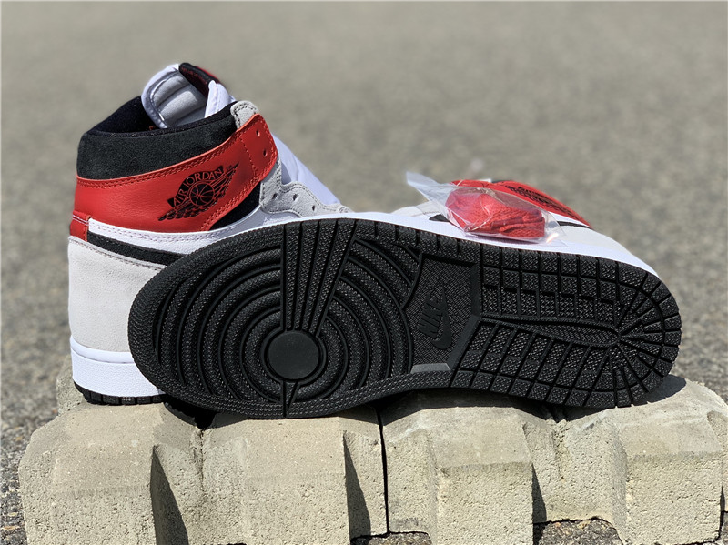 "Air Jordan 1 High OG ""Light Smoke Grey"" 烟灰黑红配色 555088-126_广州aj实体店地址"