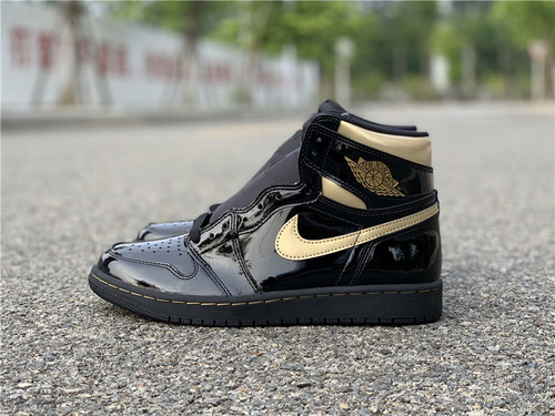 "Air Jordan 1 High OG ""Black/Metallic Gold"" 货号:555088-032_aj11东莞和莆田和正品的区别"