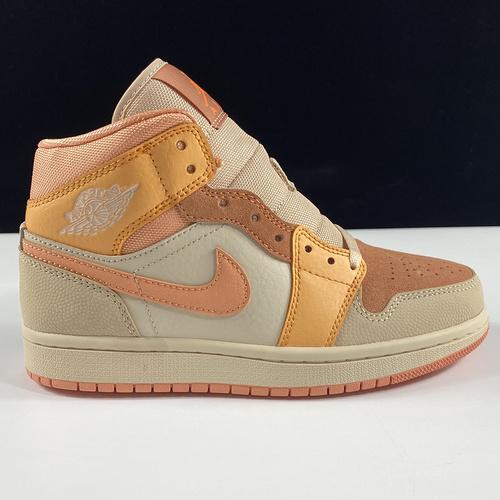 """莞顶L Wmns Air Jordan 1 Mid """"Apricot Orange""""AJ1乔丹一代中帮经典复古文化休闲运动篮球鞋""""杏橙白粉""""DH4270-800_莆田鞋最稳的两家"""