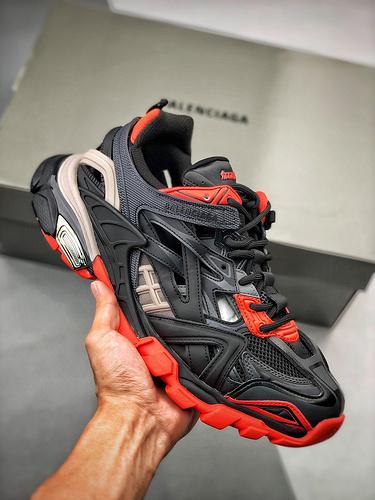 S2生产线巴黎世家 BALENCIAGA Track 2 Sneakers 巴黎世家 轨道镂空二代 黑红_s2纯原好不好