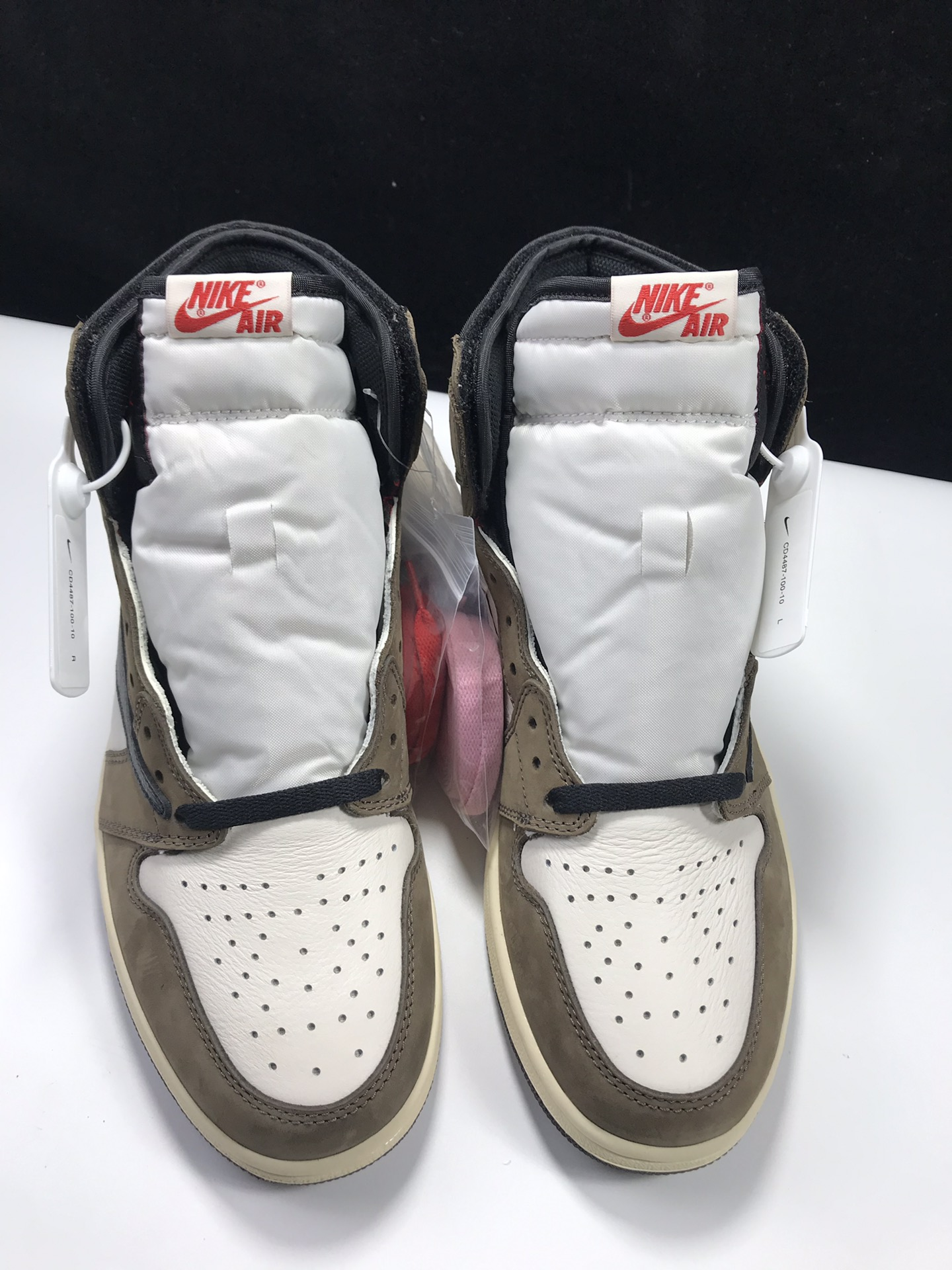 S2版:AJ1倒钩高帮   莞产 Air Jordan 1 RETRO HI OG,货号:CD4487-100_莆田ljr工厂联系方式