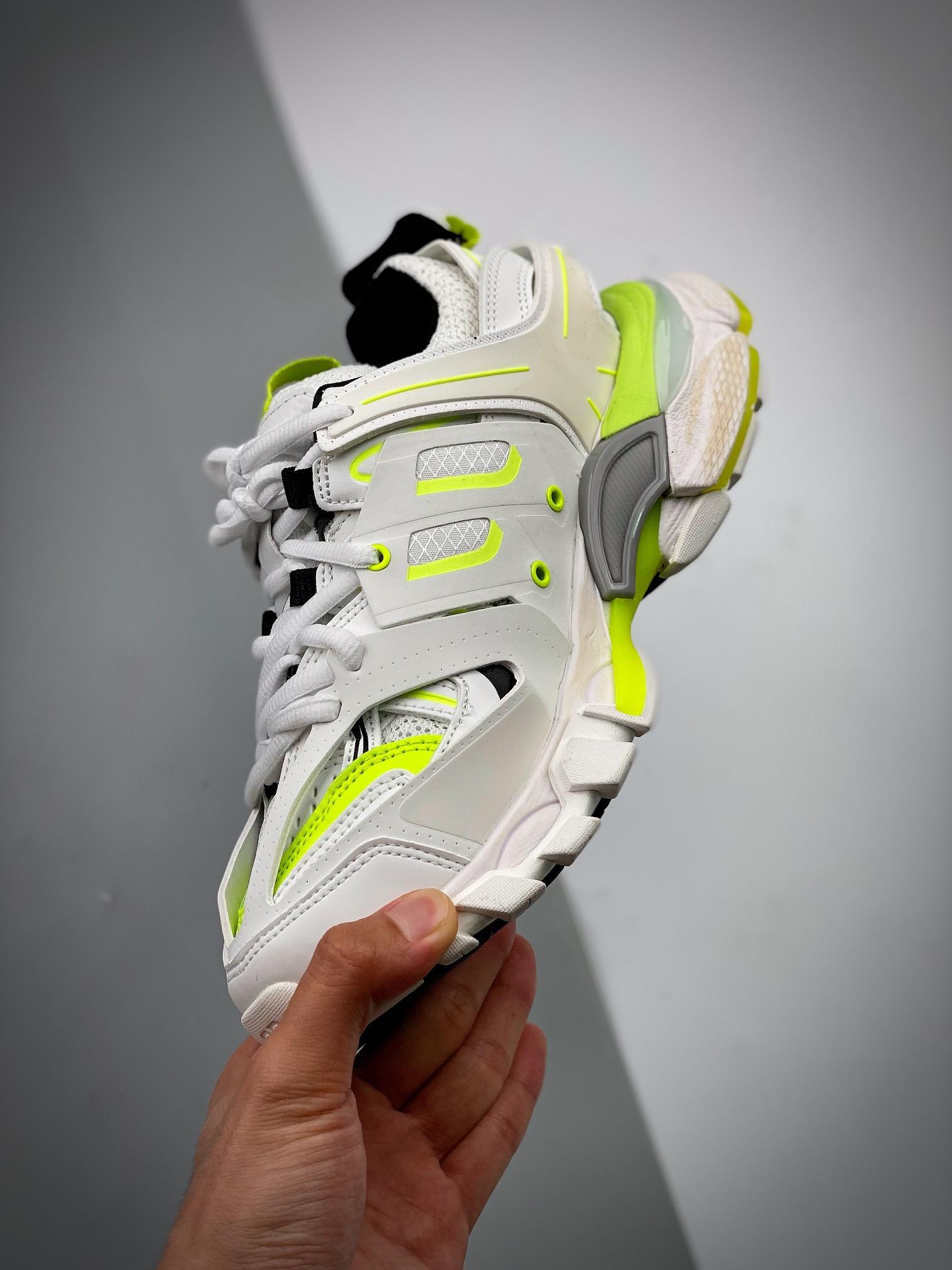 巴黎世家3.0 三代户外概念鞋  Balenciaga Sneaker Tess 3.0(无灯版)_莆田y3评测