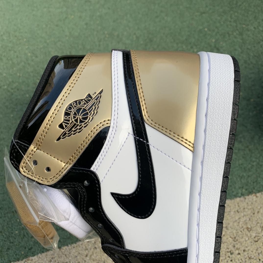 LJR出品-aj1黑金脚趾-Air Jordan 1 Gold Toe AJ1 黑金脚趾 861428-007_600块的莆田鞋什么水平