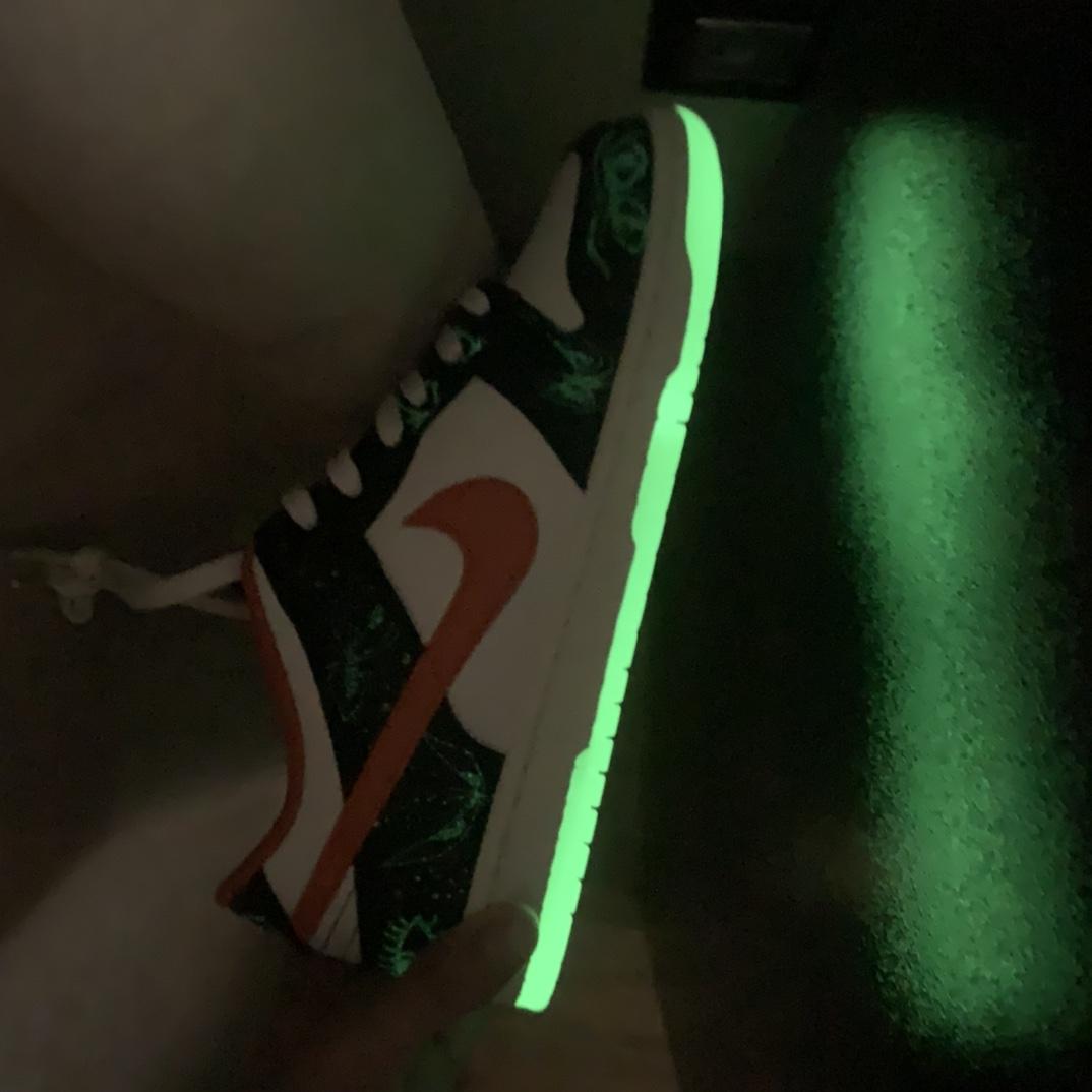 """SB Dunk Low PRM""""Halloween""""低帮 滑板板鞋 涂鸦夜光 DD3357-100_莆田ljr是什么意思"""