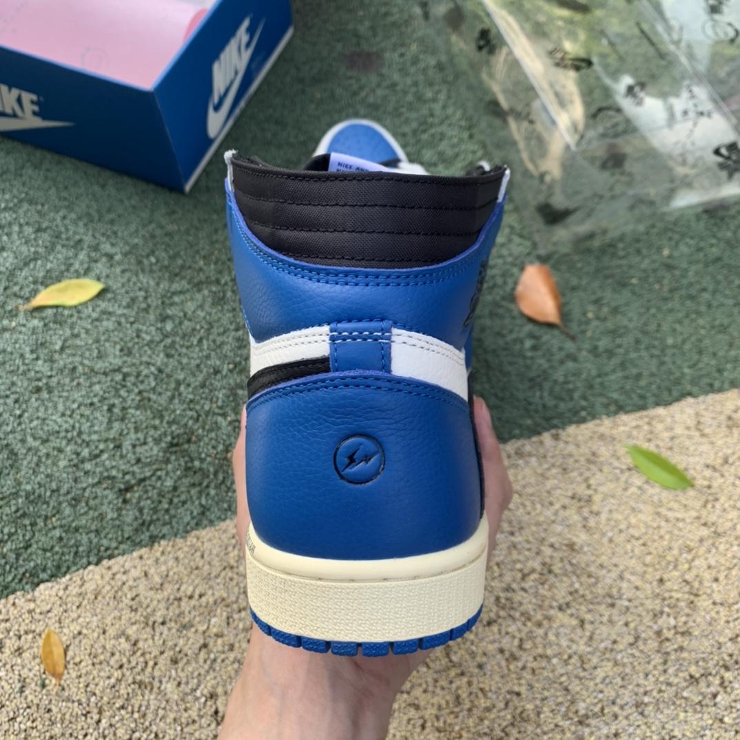 特供版_LJR出品_材料_Travis Scott x Air Jordan 1 AJ1闪电倒钩白蓝篮球鞋DH3227-105_ljr版本禁止转卖