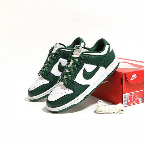 """M版白绿 DUNK LOW Retro """"Varsity  Green"""" 货号:DH1391-101_ljr和老汪版本的限定椰子鞋哪个好"""