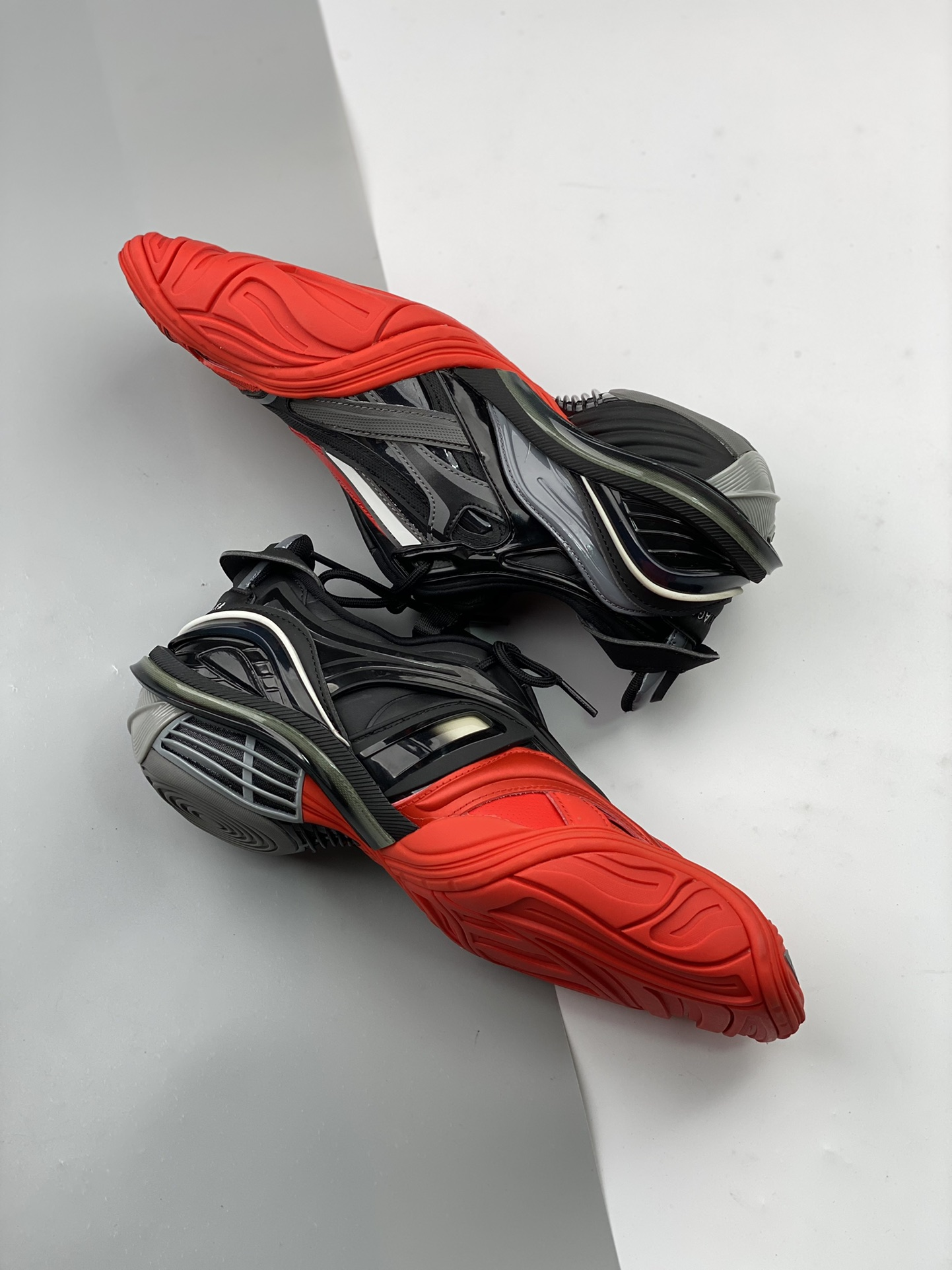 Balenciaga Runway Tyrex  Panelled Trainers巴黎世家20ss_河源裸鞋是不是正品