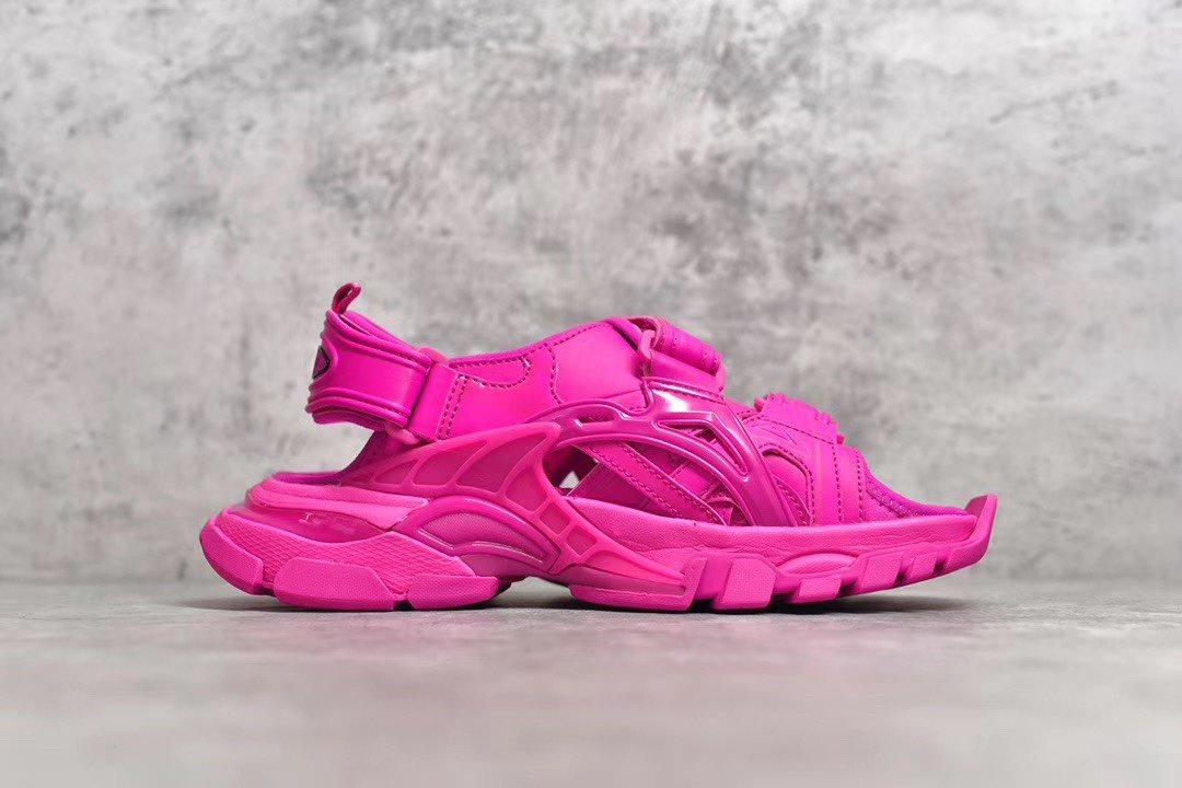 "PK版_巴黎世家凉鞋 粉色  Balenciaga巴黎世家 Track Sandal Sneakers""White/Silver""轨道2代凉鞋,货号_617542_pk工厂是什么原因"