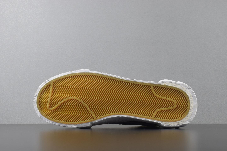 Top版本 Sacai X Blazer Mid  黑灰 BV0072-002_椰子g5和正品的区别