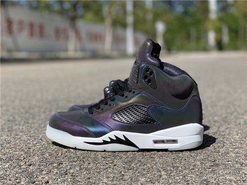"Air Jordan 5 Retro ""Iridescent Oil Grey"" 炫彩反光 乔丹AJ5代篮球鞋 午夜蓝变色龙炫彩配色 CD2722-001_莆田鞋在哪买"
