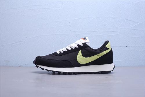 DA0824-001 公司级 Nike Wmns Air Daybreak 刺绣彩勾 破晓系列网纱华夫复古休闲运动慢跑鞋36-45