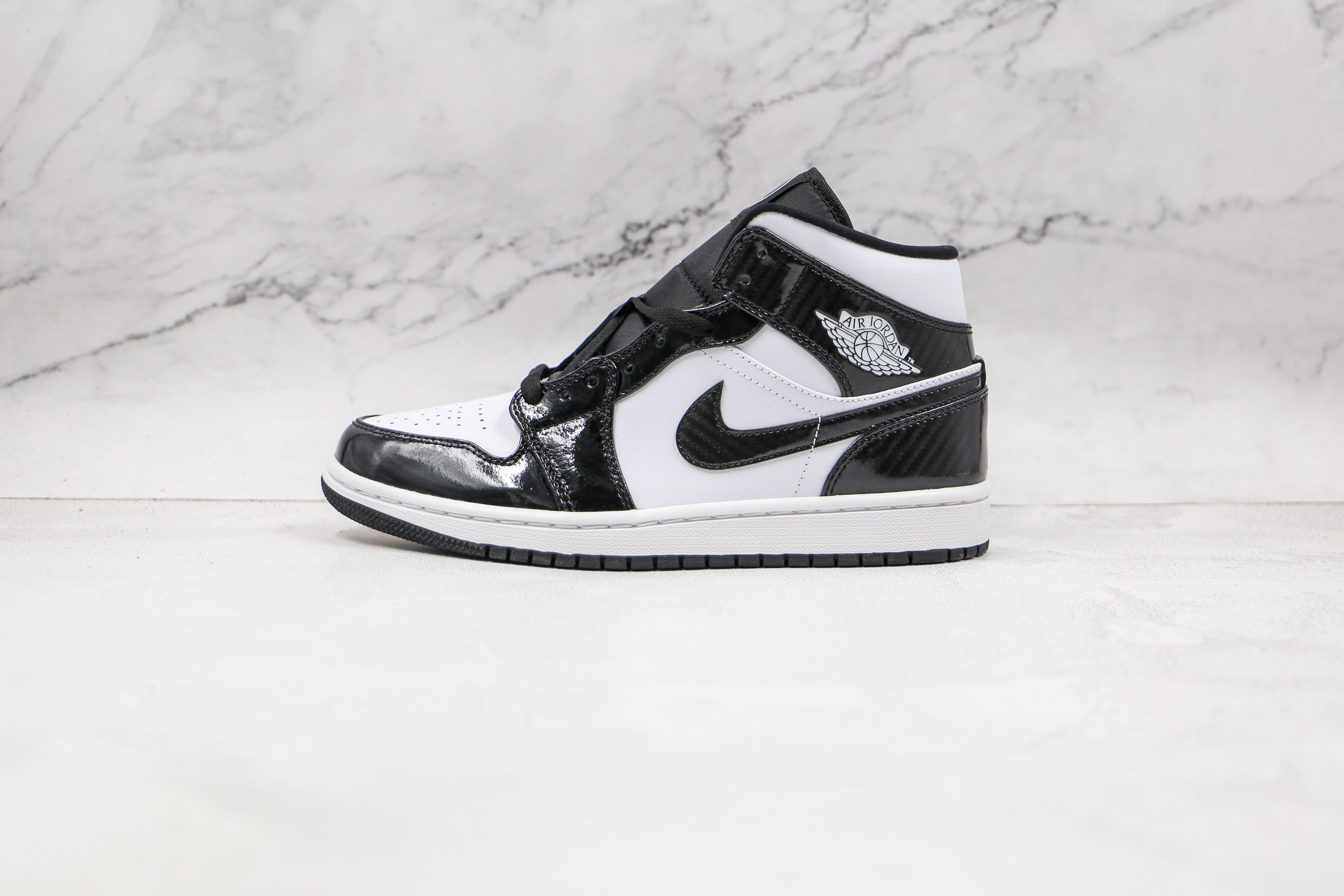 过验版 头层 AJ1  中帮 黑白漆皮  Air Jordan 1 Mid AJ1乔1中帮文化篮球鞋  全新私人独立订单     J21