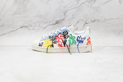 贝壳头 刺绣毛边 五彩花朵 流苏 花卉 小花 货号:FZ4724 Sean Wotherspoon x adidas Originals      Q17