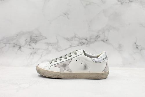 意大利纯手工制造 GGDB小脏鞋银尾这是一双复古做旧风格的小脏鞋Golden Goose#GGDB#纯手工打造、每一双都是独一无二的与众不同  K15  T21