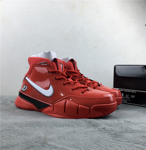 科比 大红 联名 原装头层皮真标 真碳 号码 40-47.5Undefeated x Nike Kobe 1 ZK1 货号:AQ2728-102