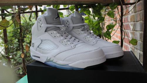 """乔5白银36-47.5终极版 Air Jordan 5 """"Metallic Silver"""""""