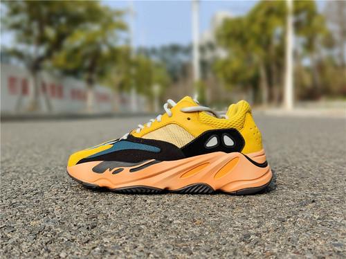 "adidas Yeezy Boost 700 ""Sun"" 货号:GZ6984_东莞长安有aj实体店吗"