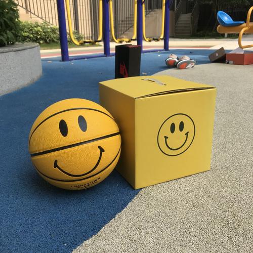 笑脸篮球 Chinatown Market Smiley Basketball 款笑脸 篮球