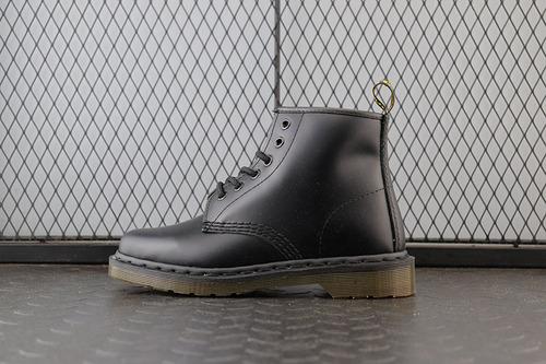 Dr.martens 马丁靴 2976系列 代工厂正品订单 中帮R11838600