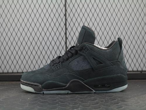 AJ4黑涂鸦KAWS x Air Jordan 4 Cool Grey Black酷黑麂鹿皮夜光 930155-001