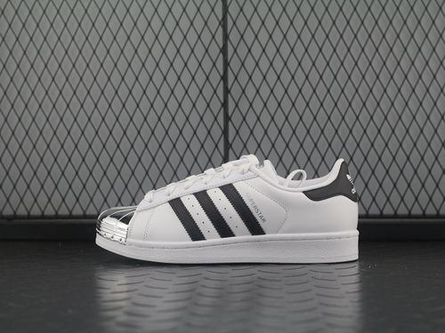 "adidas Superstar Metal Toe 经典贝壳头板鞋系列""white / silver""白银金属头 BB5114"