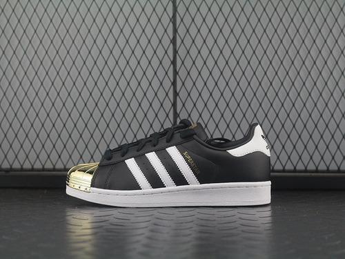 "adidas Superstar Metal Toe 经典贝壳头板鞋系列""black / gold""黑金金属头 BB5114"