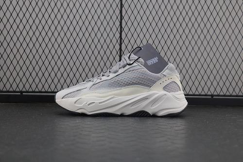 【OWF】yeezy700v2灰白 Adidas Yeezy Boost 700 V2 Static 椰子灰白3M反光老爹鞋 EF2829