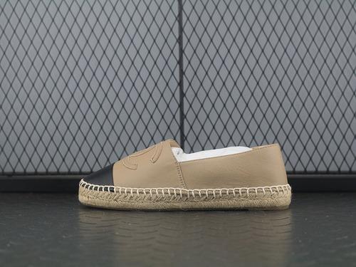 "Espadrilles Leather Cap Toe CC渔夫女鞋休闲双C拼色橡胶底乐福鞋""绵羊皮杏黄黑""C180422B"