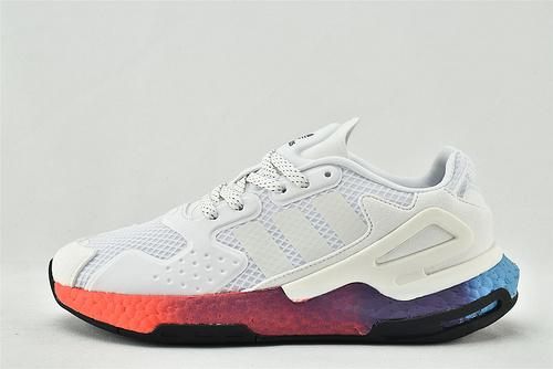 Adidas 三叶草 DAY JOGGER boost 夜行者2.0缓震跑鞋/白彩虹 3M反光版   货号:FY3012  男女鞋  情侣款