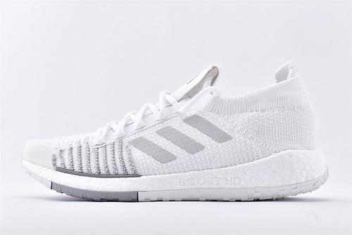 AdidasPulseboost Hd 爆米花复古针织面跑鞋/纯白 3M反光  高端货 超级缓震   货号:G26930  男鞋