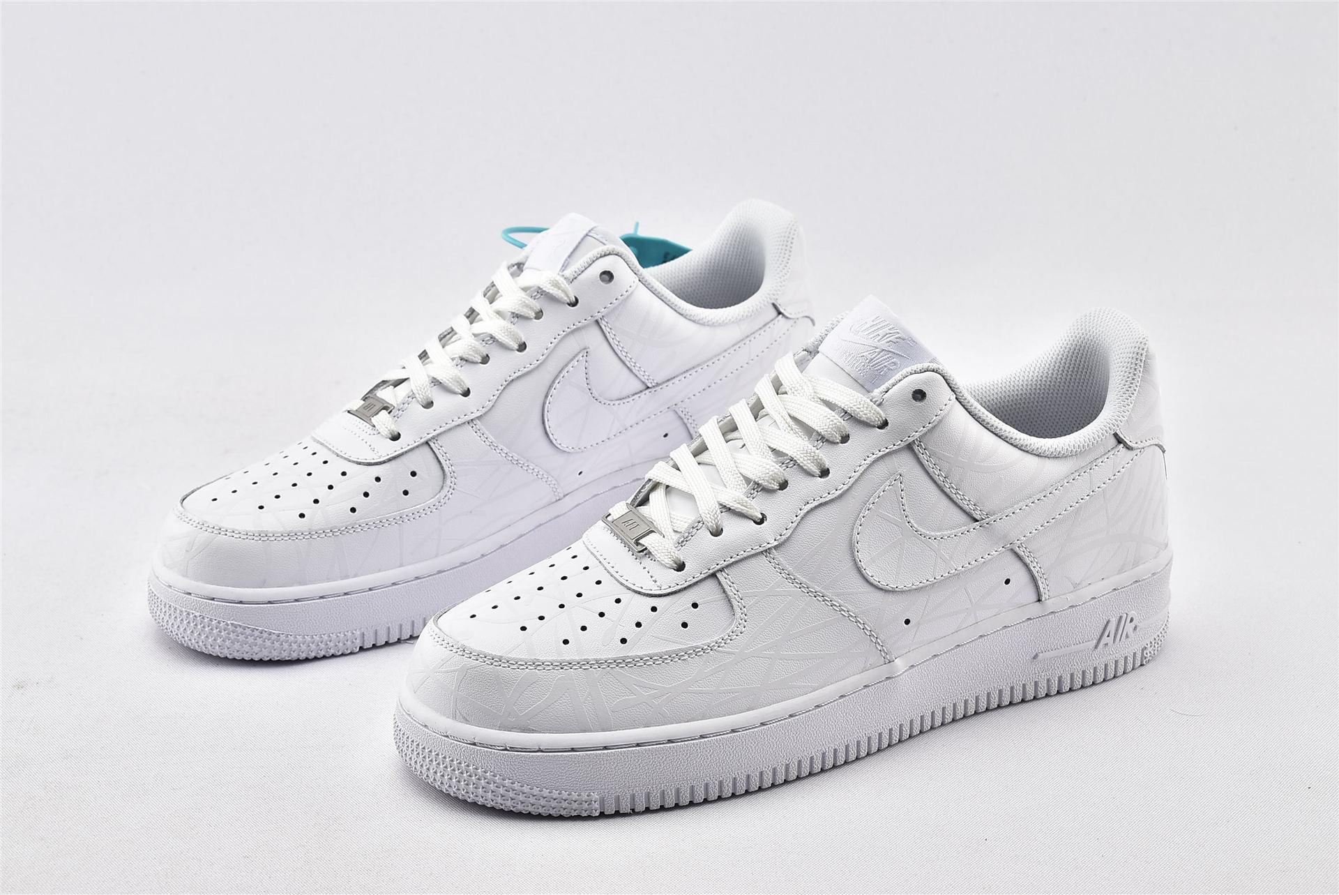 Nike Air Force 1 SUPREME 空军一号/全白 涂鸦  货号:N-0288  男女鞋  情侣款