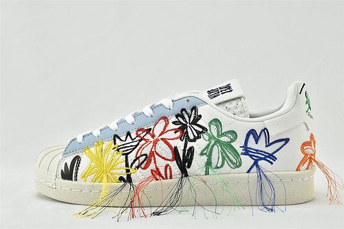 Adidas x Sean Wotherspoon Super Earth 贝壳头联名板鞋/ 刺绣 花卉  货号:FZ4724 男女鞋  情侣款
