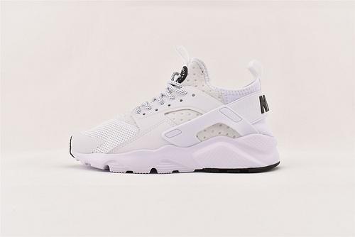 Nike Air Huarache Run Ultra 华莱士4.0系列跑鞋/白黑  货号:819685 102  男女鞋  情侣款