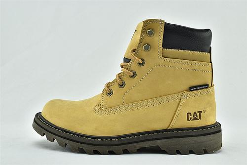卡特/CAT 2020新版 秋款上市 美版高帮工装靴/大黄靴 小麦色  全头层  男鞋