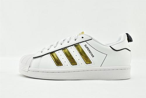 Adidas 三叶草 Superstar 贝壳头板鞋/白金 新年款 发售  货号:AJ7921  男女鞋  情侣款