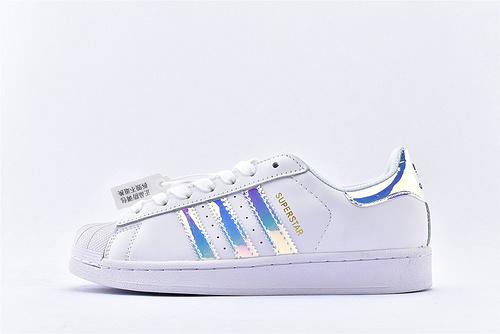 Adidas 三叶草 Superstar 贝壳头系列/全白 镭射 经典款 常青款  货号:AQ6278  男女鞋  情侣款
