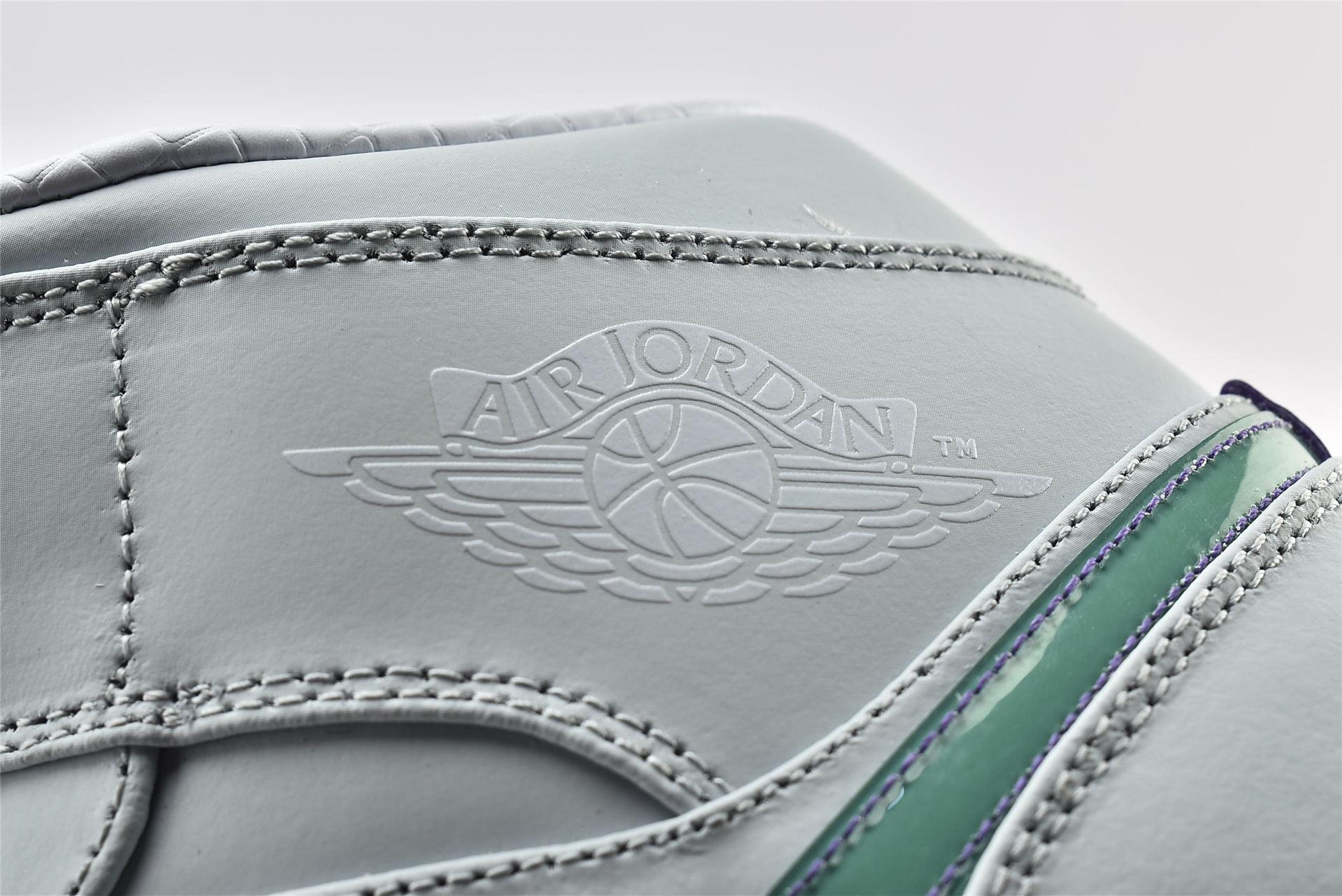 Air Jordan 1 AJ1 Mid Mindfulness AJ1 乔丹1代中帮篮球鞋/紫绿鸳鸯 东契奇 白绿鸳鸯   货号:CW5853-100  男女鞋  情侣款