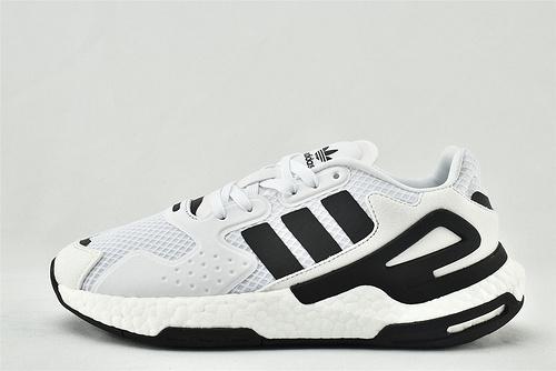 Adidas 三叶草 DAY JOGGER boost 夜行者2.0缓震跑鞋/白黑 经典 3M反光版   货号:FW4048  男女鞋  情侣款