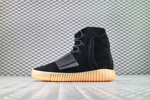 Adidas Yeezy Boost 750 Light Brown 侃爷椰子750系列/高帮全黑 黑武士 夜光底/海外版 全网最高原装巴斯夫版本 货号:BB1839 男女鞋 情侣款