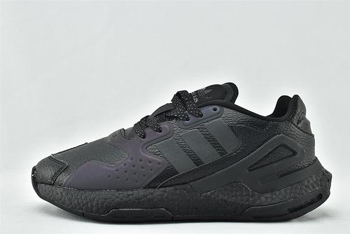 Adidas 三叶草 DAY JOGGER boost 夜行者2.0缓震跑鞋/黑武士 纯黑 3M反光版  货号:FW4049  男女鞋  情侣款