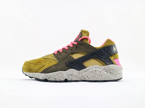 Nike Air Huarache RUN 华莱士1.0系列/复古黑草绿 全猪皮革版   货号:704830 302  男鞋