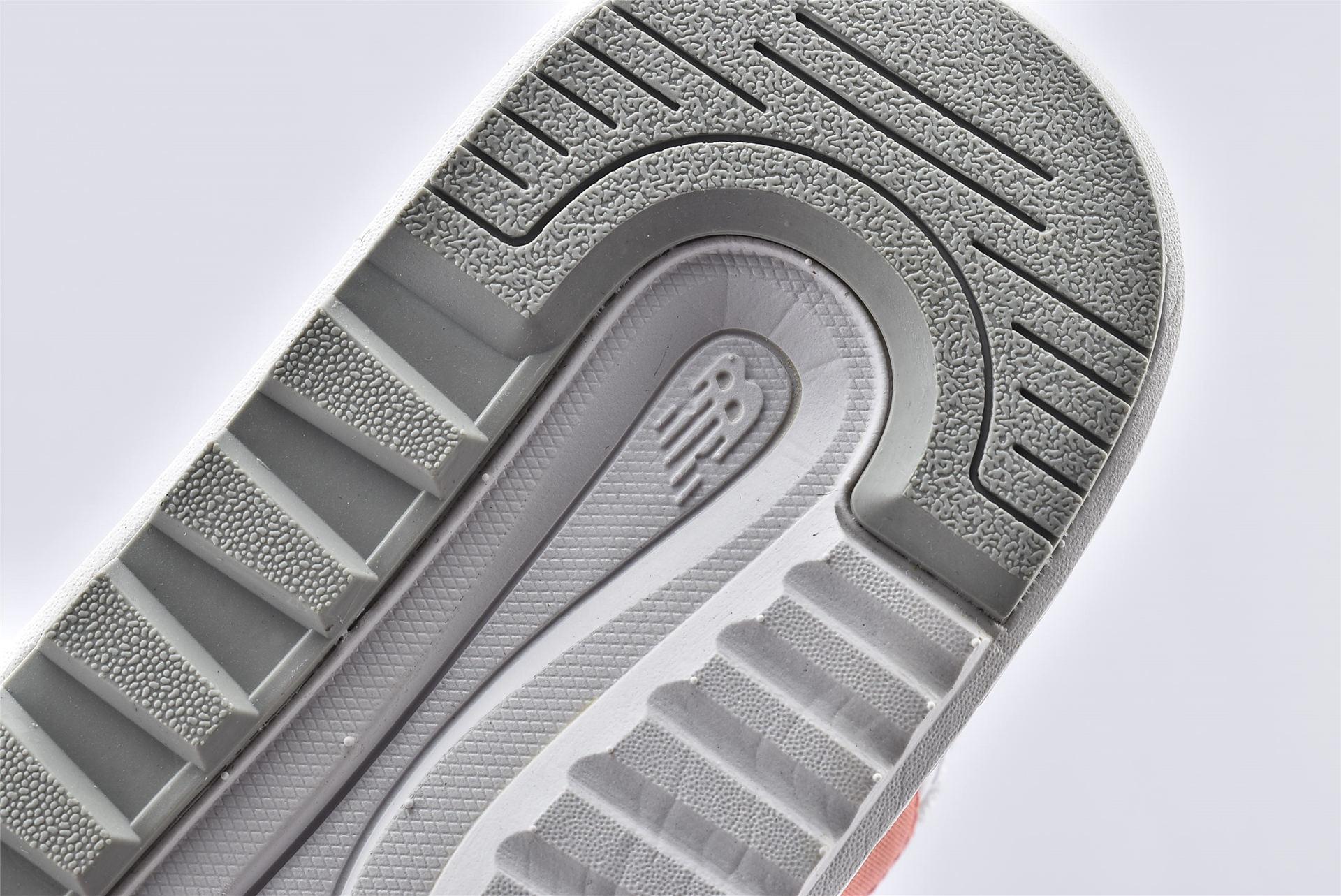 新百伦 New Balance x Noritake 联名款夏季沙滩联系/NB凉鞋 粉白 女孩【SDL7501N】 男女鞋  情侣款