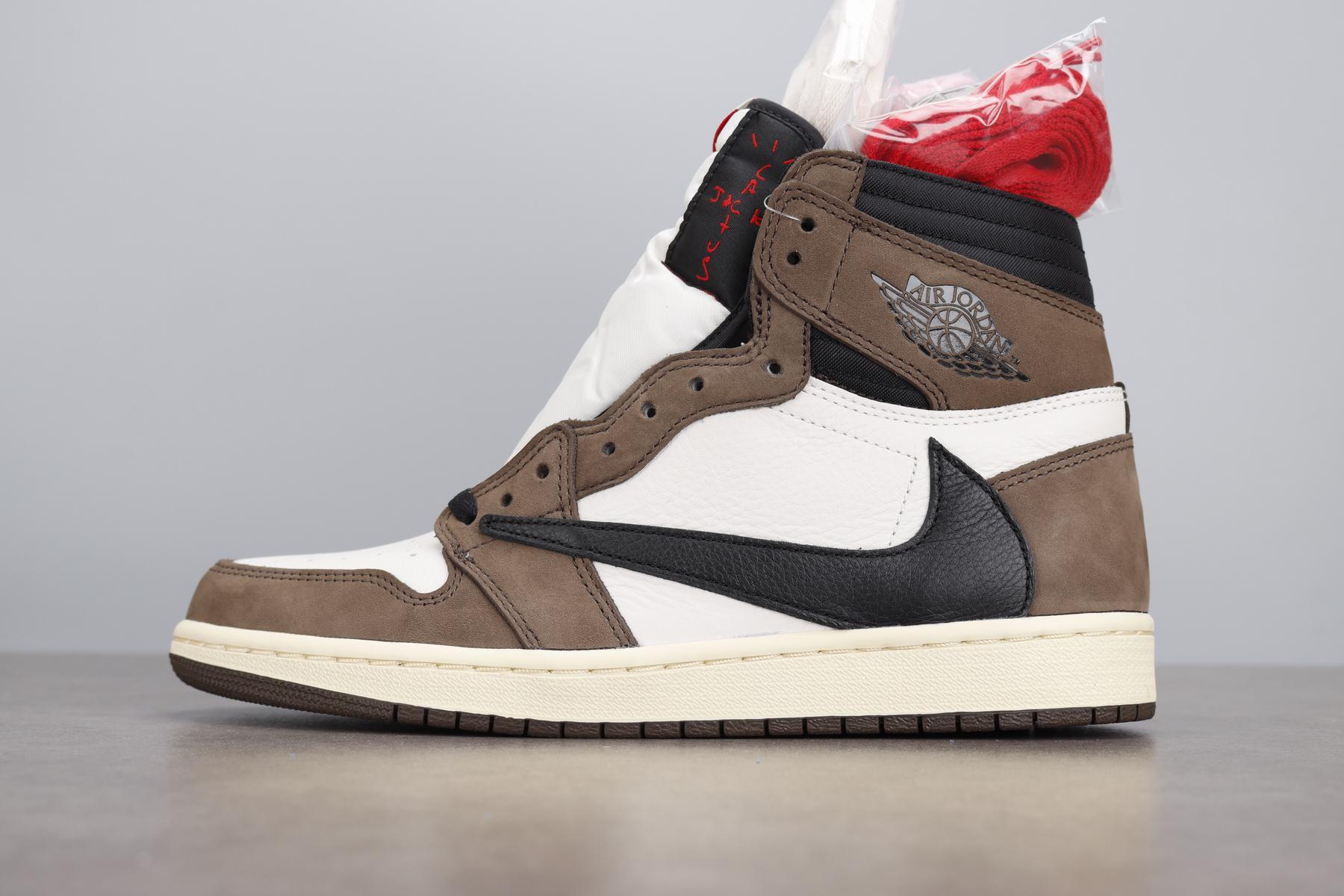 东莞AJ 10年鞋贩子告诉你,OG和莞顶LJR到底哪个版本更好?