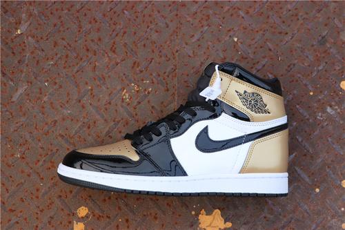 """乔丹/Air Jordan【GET毒版】AJ1 aj1 乔丹1代 乔1 乔丹1代高帮系列 Air Jordan 1 """"Gold Toe"""" 货号:861428-007 乔1高帮黑金脚趾 40-46"""