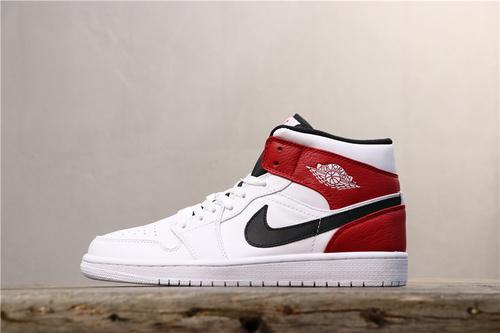 乔丹/Air Jordan【BA版】乔丹1代中帮系列Air Jordan 1 Mid新芝加哥白黑红 货号:554724-116 乔1中帮新芝加哥 36-46