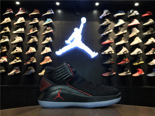 """乔丹/Air Jordan【真标公司级】乔丹XXXII代 乔丹32代 乔32 AJ32Air Jordan XXX2 """"MJ Day""""货号:AA1253-001 乔32黑红禁穿 40-47.5"""