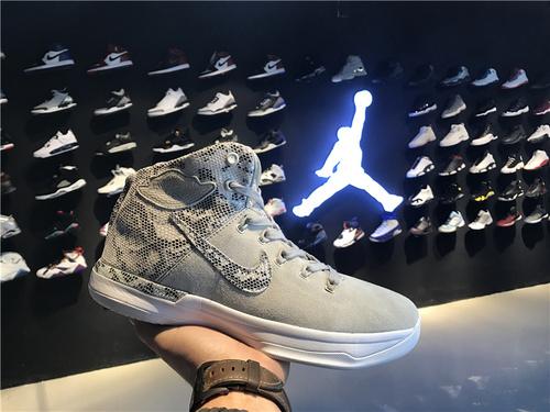 乔丹/Air Jordan乔丹XXXI 乔丹31代 乔31 AJXXXI AJ31代 AJ31 篮球鞋 男鞋 针织系列 Air Jordan XXXI  货号:885429-030 乔31蛇纹 40-