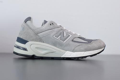 "J02H4  NB 990v2高端美产系列经典复古休闲运动慢跑鞋""祖灰银3M"" 货号 M990GR2 尺码40-44"